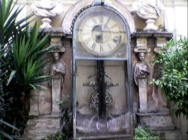 Orologio ad acqua embriacio s water clock at the pincio gardens